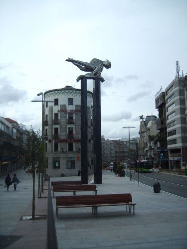 Escultura El Sireno en Vigo de Francisco Leiro