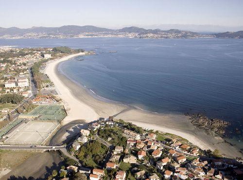 Piscinas en la playa de Samil en Vigo